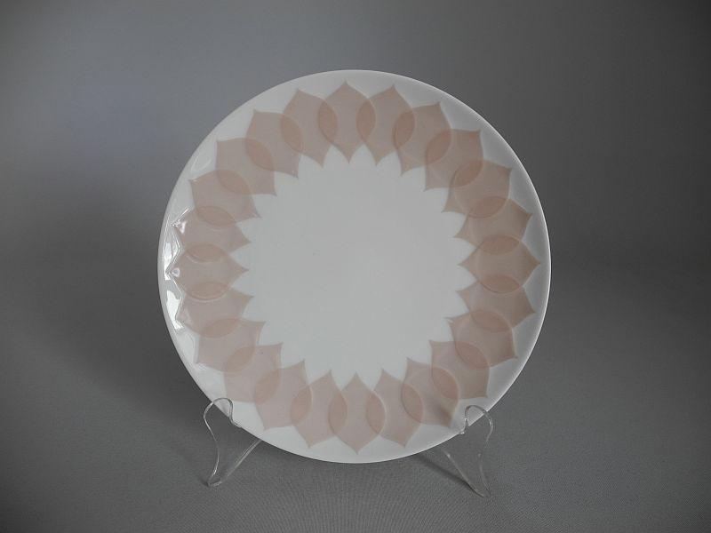 rosenthal lotus rosa kuchenteller dessertteller die porzellandiele. Black Bedroom Furniture Sets. Home Design Ideas